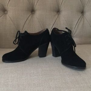 Lucky Brand Suede Leather Bootie shoe